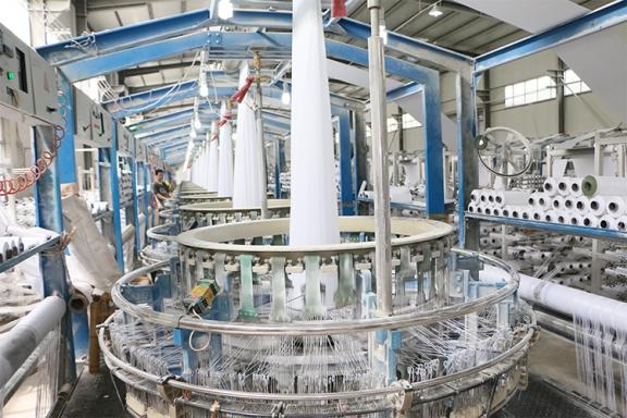 白色袋子圆织生产