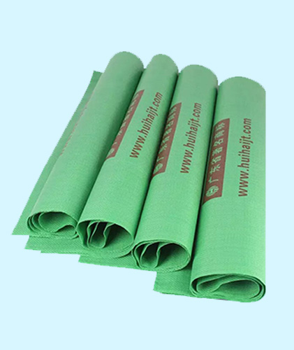 绿色饲料袋